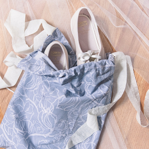 DIY bridal wedding shoe bag