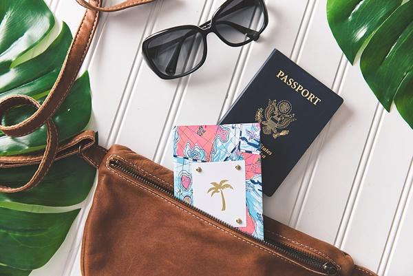 Easy DIY honeymoon passport cover