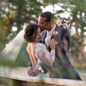 Romantic Virginia Bride and Groom