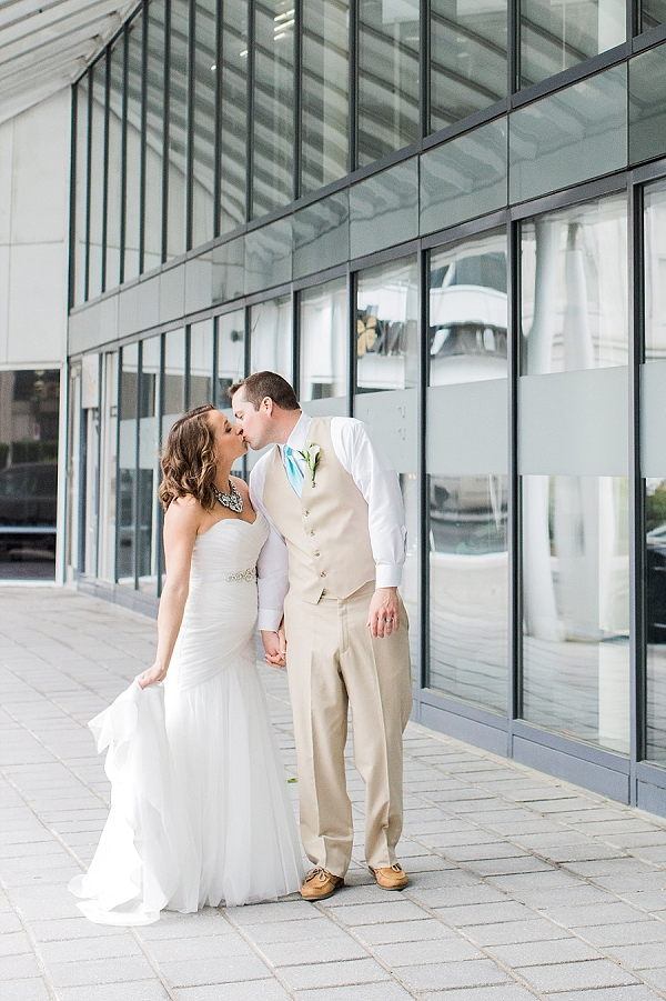 City wedding in Norfolk Virginia