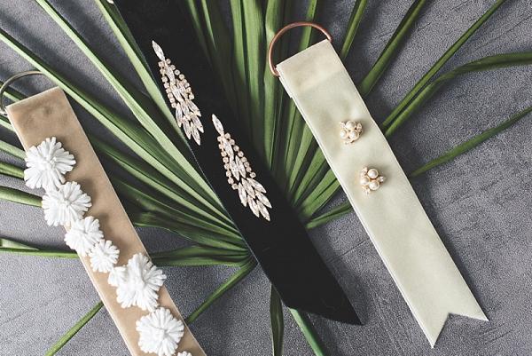 DIY Velvet Ribbon Tags for Earrings
