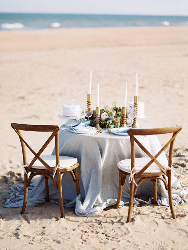 coastal Virginia elopement inspiration on Tidewater & Tulle