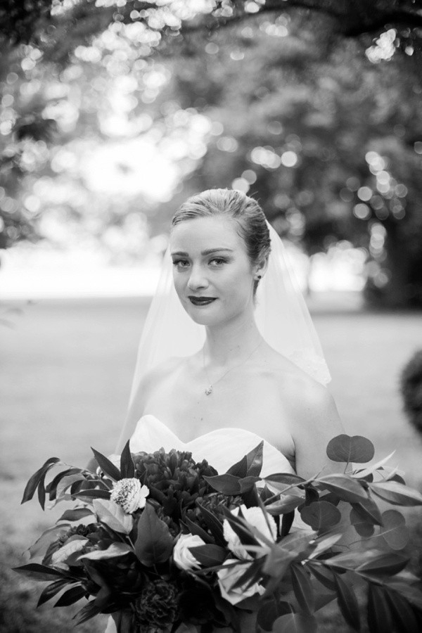 Black and white of a bride