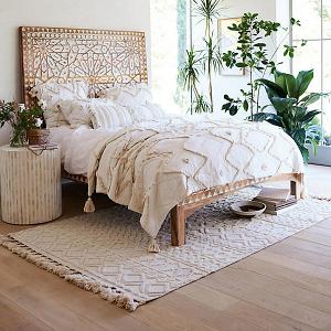 Kamala Bedroom Rug