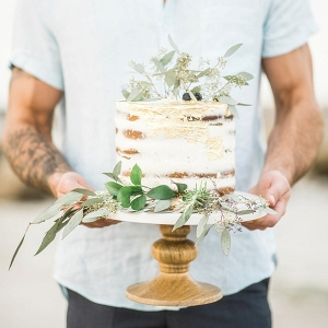 Semi naked cake for beach wedding