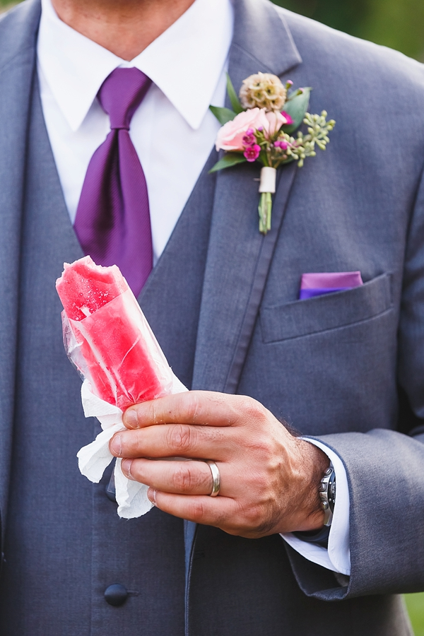 Bright red popsicle for wedding treat