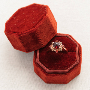 Red Velvet Ring Box