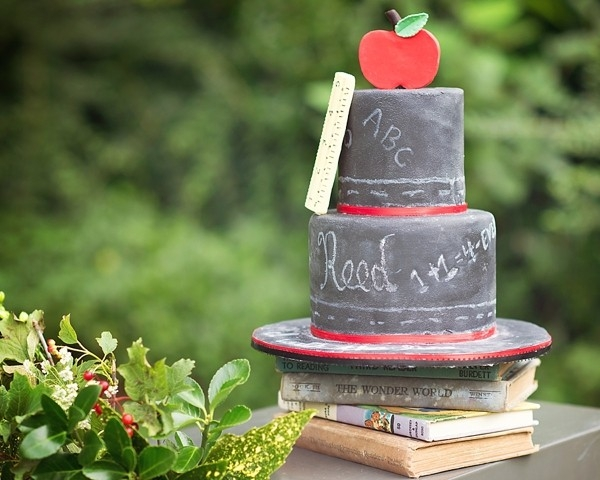 Old school chalkboard wedding cake