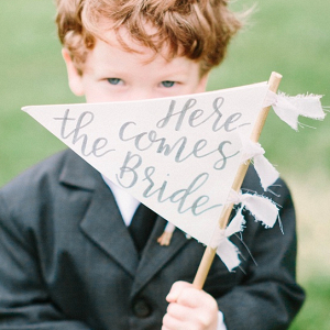 Ring bearer with calligraphy sign