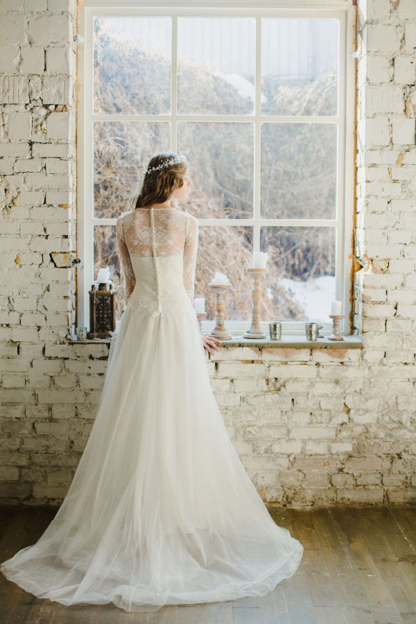Long Sleeve Winter Wedding Dress Back