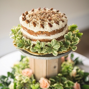 naked cake with pecans