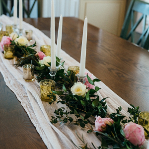 Simple Wedding Centerpiece with Candles