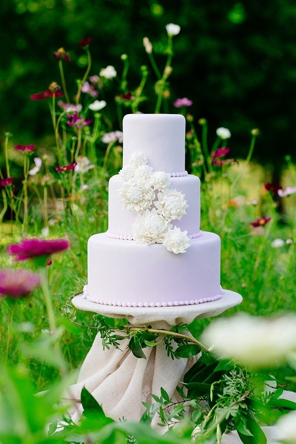 Garden purple wedding cake
