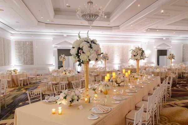 Blush and gold wedding centerpiece inspiration