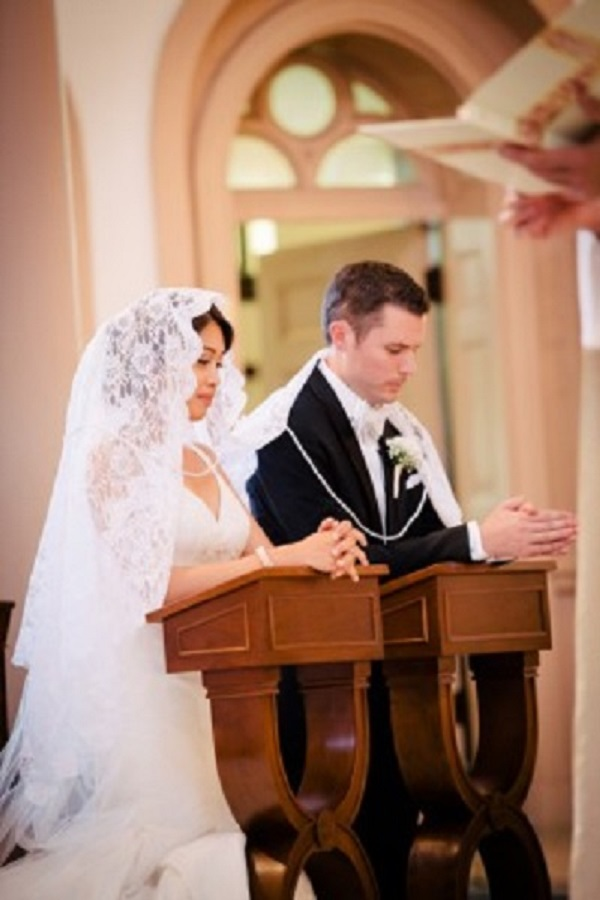 Phillipine Cord and Veil wedding ceremony tradition
