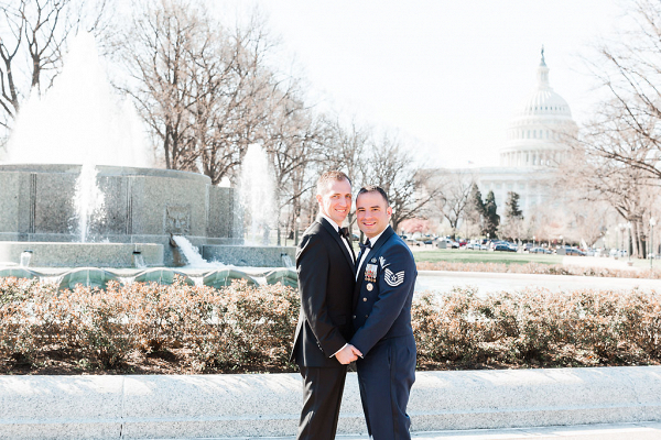 intimate dc war memorial wedding