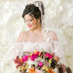 Mantilla veil and colorful bridal bouquet