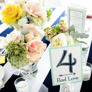 pastel centerpiece ideas for nautical wedding