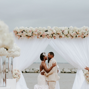 Maryland Gatsby Wedding beach ceremony